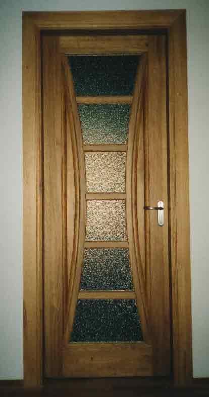 Как и чем покрыть деревянные окна, советы - Академия Окон